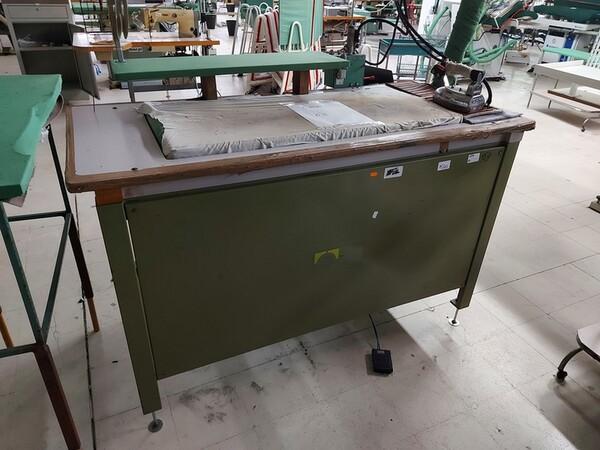 141#6059 Macchini lineari Juki DDL-9000DS e piano da stiro Ticiesse in vendita - foto 6