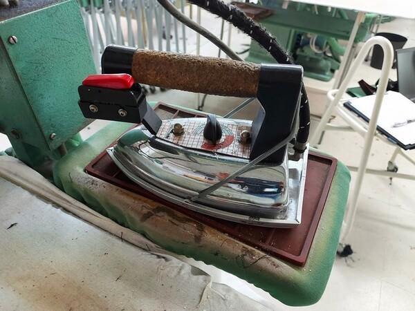 141#6059 Macchini lineari Juki DDL-9000DS e piano da stiro Ticiesse in vendita - foto 30