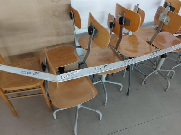 157#6059 Arredamento per laboratorio tessile e  utensili per la lavorazione tessile in vendita - foto 2