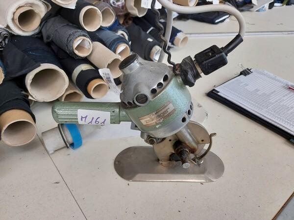 157#6059 Arredamento per laboratorio tessile e  utensili per la lavorazione tessile in vendita - foto 14