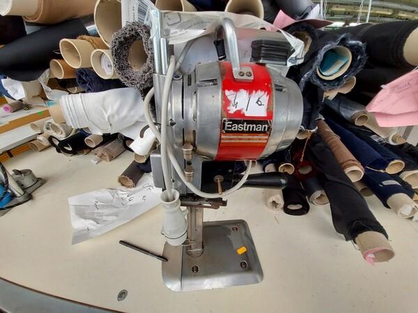 157#6059 Arredamento per laboratorio tessile e  utensili per la lavorazione tessile in vendita - foto 16