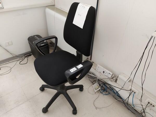 157#6059 Arredamento per laboratorio tessile e  utensili per la lavorazione tessile in vendita - foto 24