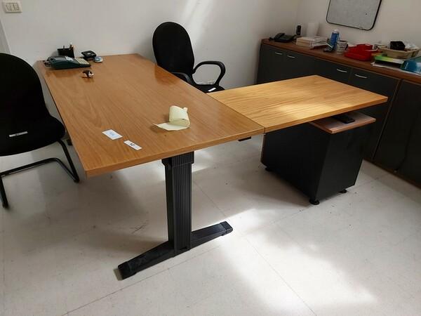 157#6059 Arredamento per laboratorio tessile e  utensili per la lavorazione tessile in vendita - foto 31