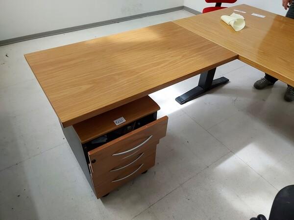 157#6059 Arredamento per laboratorio tessile e  utensili per la lavorazione tessile in vendita - foto 32