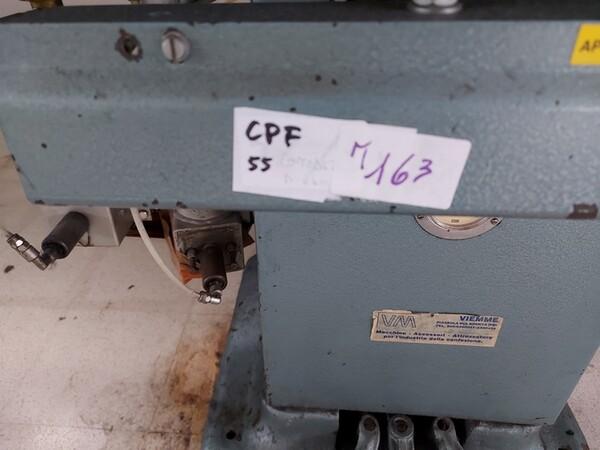 163#6059 Presse da stiro e macchina attaccabottoni Union Special Lewis in vendita - foto 2