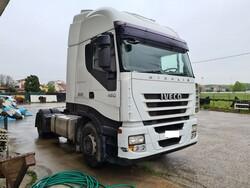 Iveco Magirus semi trailer tractor and Pramac generator - Lot 0 (Auction 6070)