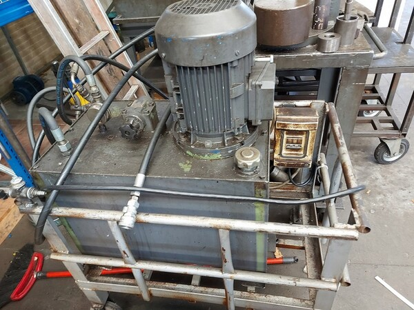 4#6076 Tornio Pico e macchinari per lavorazione metalli e saldatura in vendita - foto 259