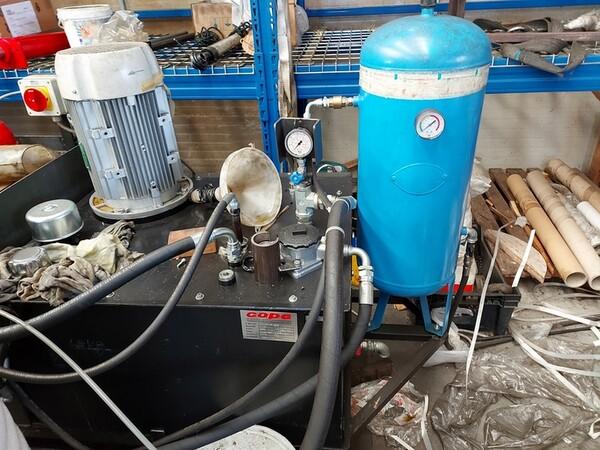 4#6076 Tornio Pico e macchinari per lavorazione metalli e saldatura in vendita - foto 262