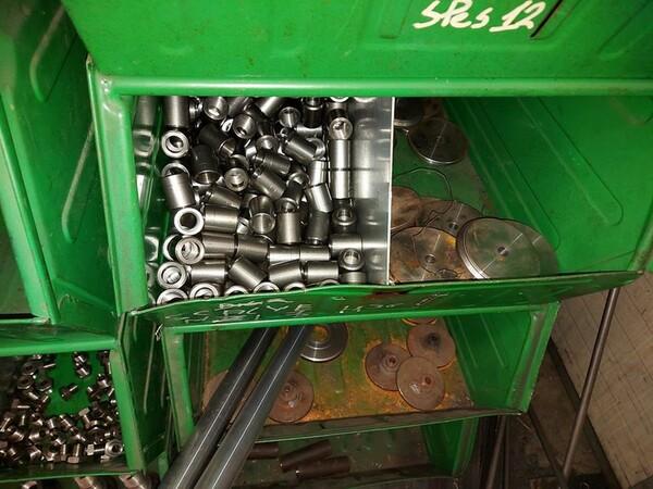 5#6076 Scaffalature industriali e carrelli metallici in vendita - foto 70