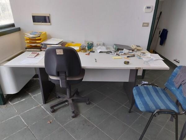 3#6077 Arredi e attrezzature per ufficio in vendita - foto 20