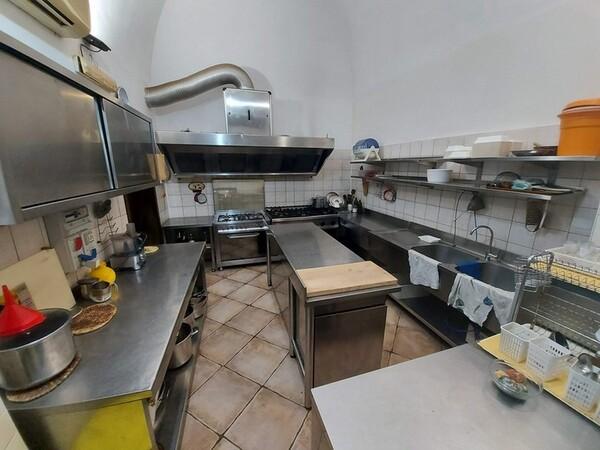 1#6084 Arredi ed attrezzature da ristorante in vendita - foto 1