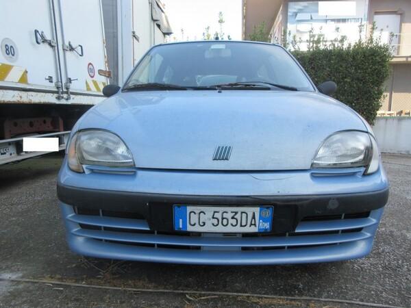 1#6086 Autovettura Fiat 600 in vendita - foto 3