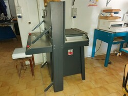 Hydraulic paper cutter - Lot 6 (Auction 6096)
