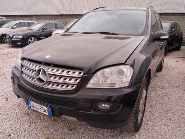 1#6099 Veicolo Mercedes ML 420 in vendita - foto 1