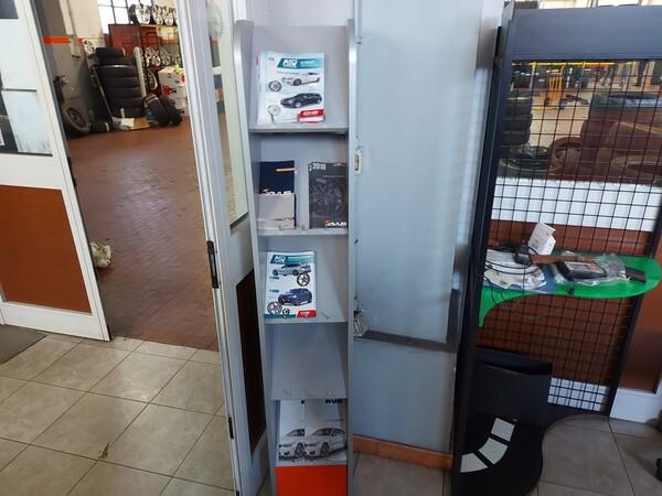 1#6107 Attrezzature da officina e gomme Michelin in vendita - foto 48