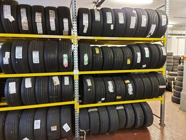 1#6107 Attrezzature da officina e gomme Michelin in vendita - foto 102