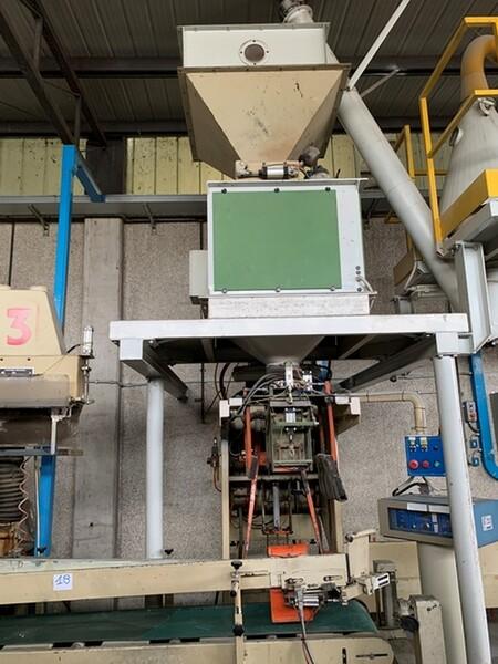 18#6109 Impianto per confezionamento sacchi Paglierani in vendita - foto 6