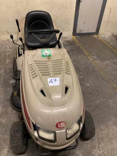 47#6109 Trattorino Twin Cut Castelgarden in vendita - foto 2