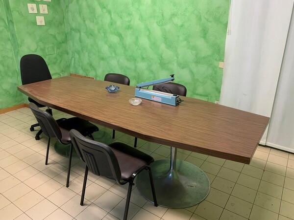 93#6109 Attrezzature e arredi da ufficio in vendita - foto 2