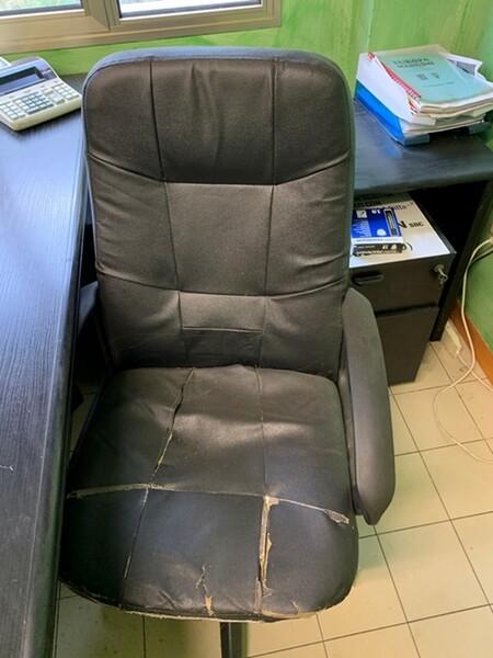 93#6109 Attrezzature e arredi da ufficio in vendita - foto 8