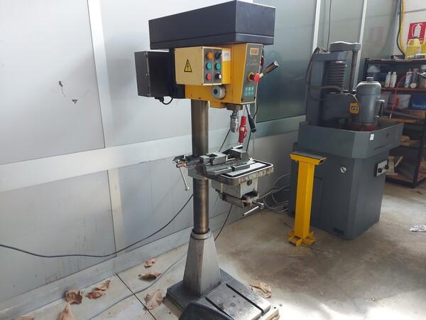 1#6118 Centri fresatura tornitura Mazak e attrezzature lavorazioni meccaniche in vendita - foto 36
