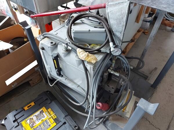 1#6118 Centri fresatura tornitura Mazak e attrezzature lavorazioni meccaniche in vendita - foto 41