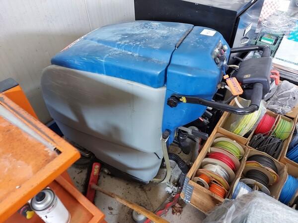 1#6118 Centri fresatura tornitura Mazak e attrezzature lavorazioni meccaniche in vendita - foto 52
