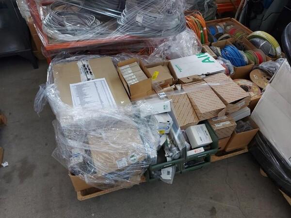 1#6118 Centri fresatura tornitura Mazak e attrezzature lavorazioni meccaniche in vendita - foto 170