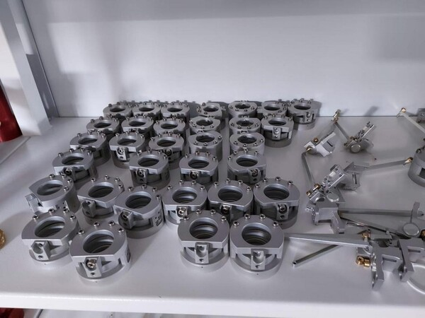 1#6118 Centri fresatura tornitura Mazak e attrezzature lavorazioni meccaniche in vendita - foto 179