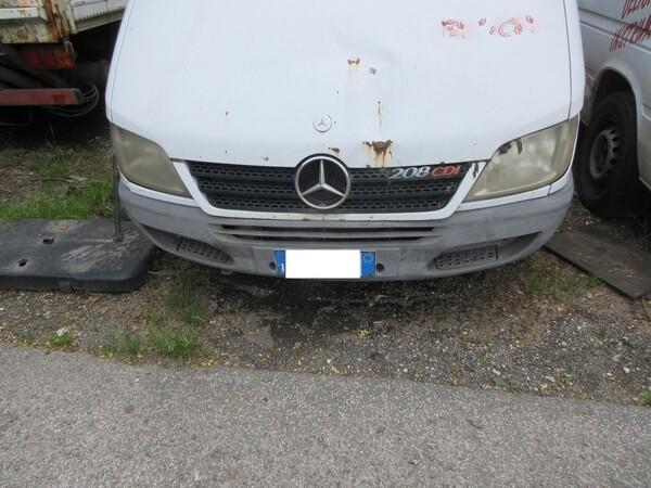 1#6120 Autocarro Mercedes e Motociclo Lambretta in vendita - foto 27