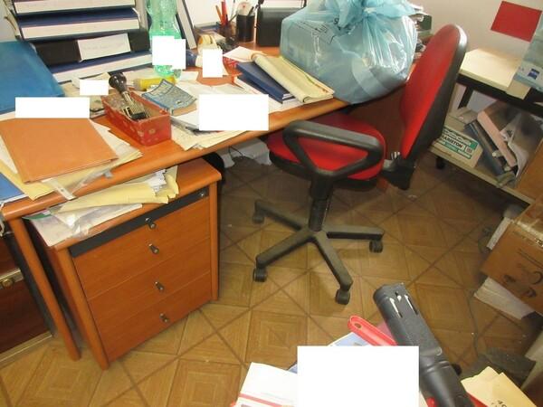 2#6120 Arredi da ufficio e periferiche in vendita - foto 7