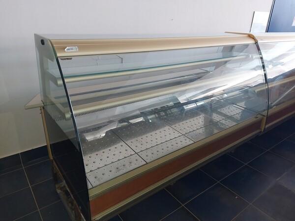 10#6126 Vetrine calde e fredde in vendita - foto 2