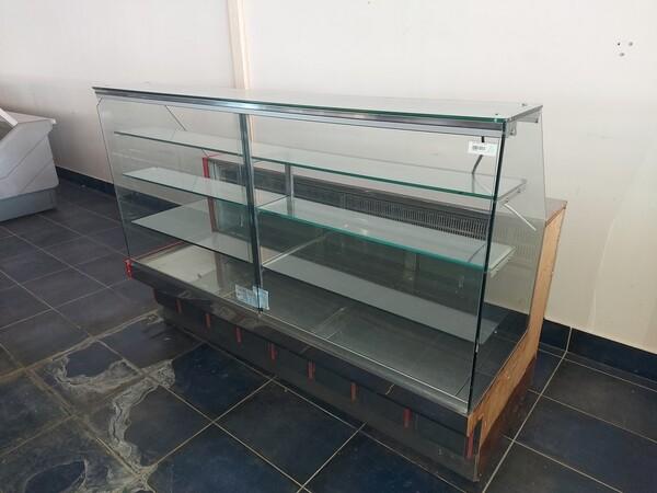 12#6126 Banchi e vetrina in vendita - foto 9
