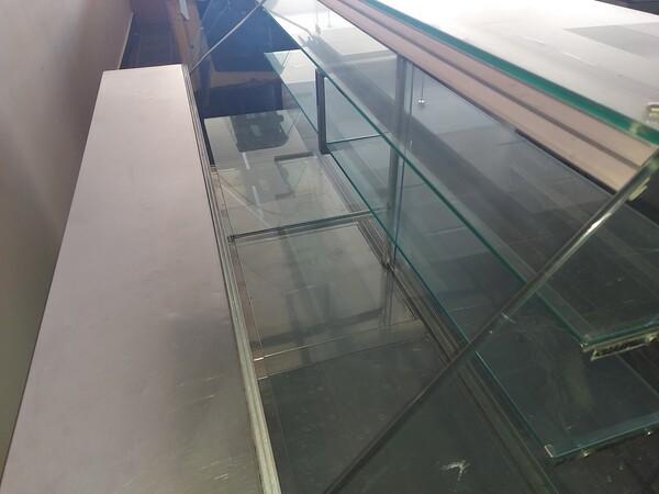 12#6126 Banchi e vetrina in vendita - foto 12