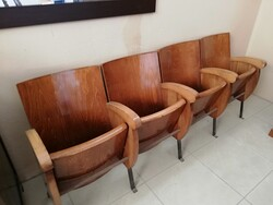 Row cinema chairs - Lot 13 (Auction 6128)