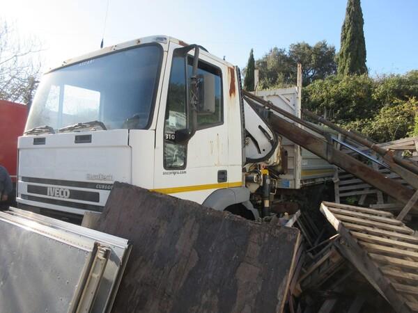 3#6131 Autocarro cassone a sponde Iveco in vendita - foto 11