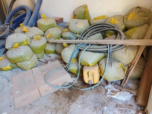 6#6134 Distanziatori per cemento e ruote per muletto in vendita - foto 1