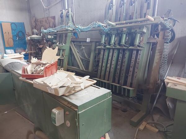 13#6135 Strettoio e cabina di verniciatura a secco in vendita - foto 1