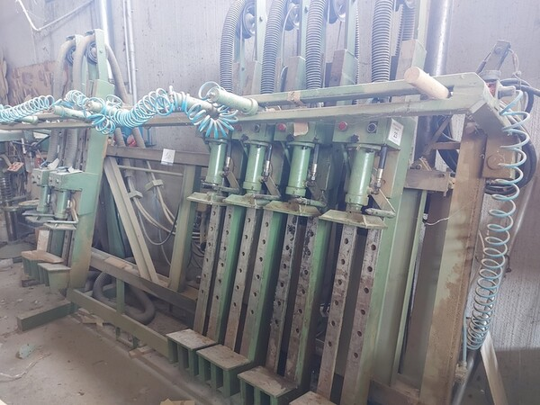 13#6135 Strettoio e cabina di verniciatura a secco in vendita - foto 2