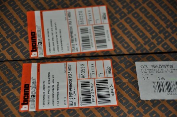 13#6136 Contenitore a parete in vendita - foto 6