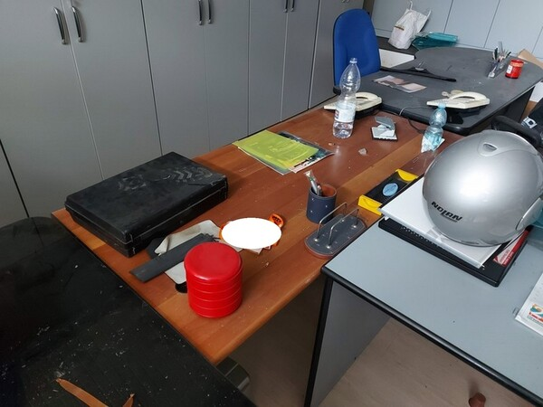 1#6138 Arredi ed attrezzature da ufficio in vendita - foto 25