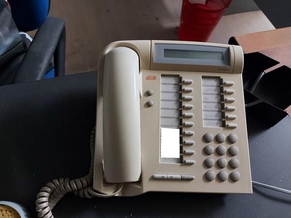 1#6138 Arredi ed attrezzature da ufficio in vendita - foto 28