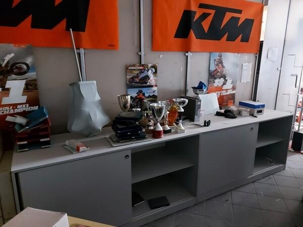 1#6138 Arredi ed attrezzature da ufficio in vendita - foto 40