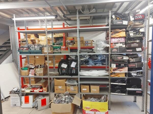 4#6138 Ricambi e accessori per moto Ferodo e Yamaha in vendita - foto 1