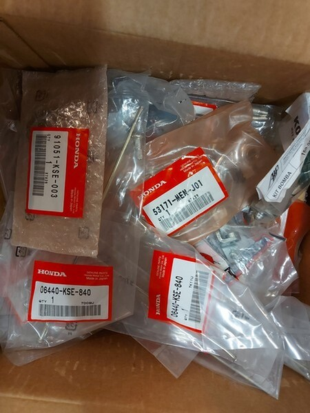 4#6138 Ricambi e accessori per moto Ferodo e Yamaha in vendita - foto 63