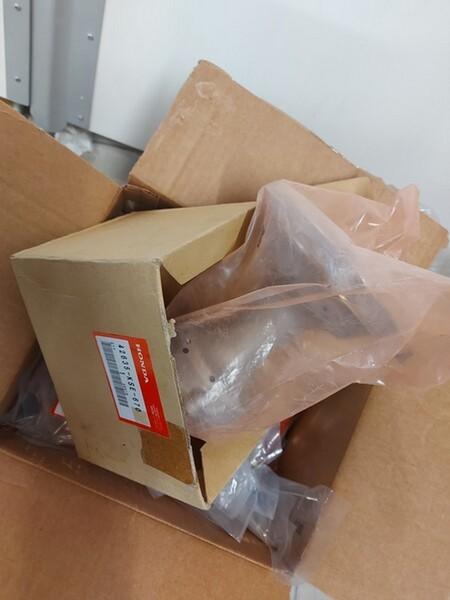 4#6138 Ricambi e accessori per moto Ferodo e Yamaha in vendita - foto 64