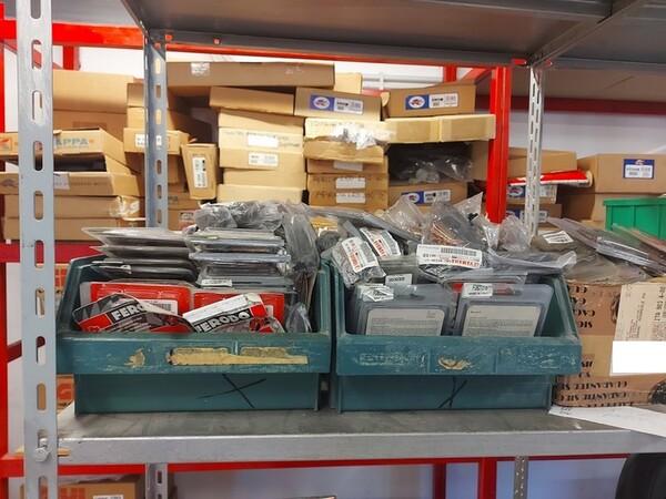 4#6138 Ricambi e accessori per moto Ferodo e Yamaha in vendita - foto 96