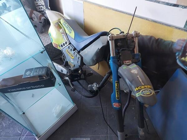 4#6138 Ricambi e accessori per moto Ferodo e Yamaha in vendita - foto 266