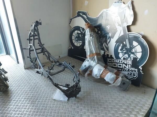 4#6138 Ricambi e accessori per moto Ferodo e Yamaha in vendita - foto 267