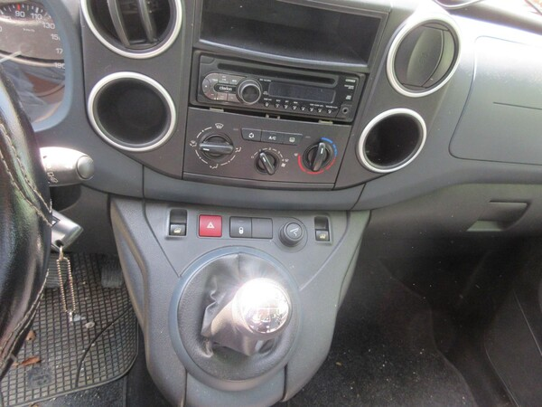 1#6142 Automobile Peugeot Partner in vendita - foto 15